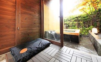貸切露天風呂限定ワンちゃん専用待機場所